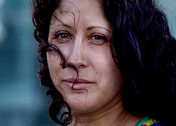 Karina Sepúlveda es hoy la imagen de la violencia contra las mujeres en Chile