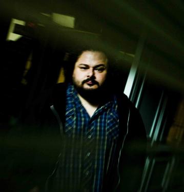 Álvaro Bisama estará el 9 de noviembre en el Teatro Condell