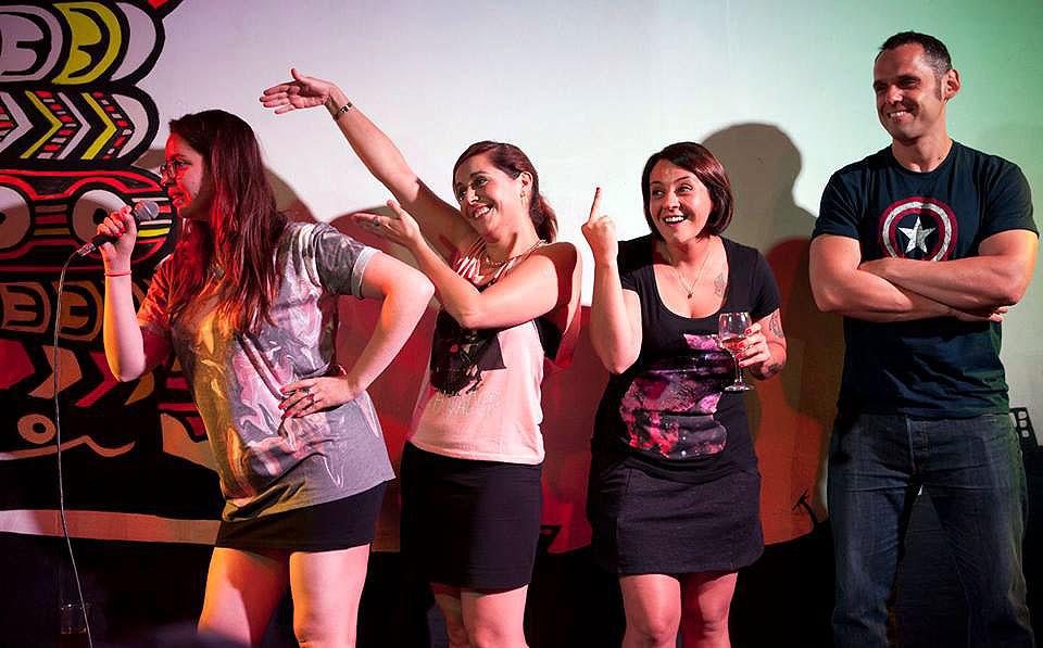 Paloma Salas , Natalia Valdebenito, Jani Dueñas y  José Miguel Villouta. Juntos son Hardcore.