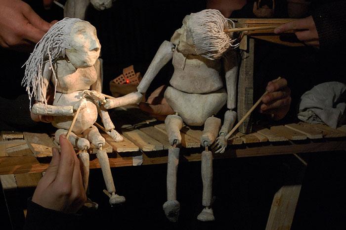 Documental sobre teatro callejero y obra de marionetas en Sala UPLA
