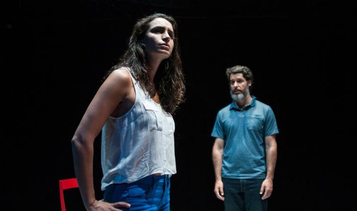 """Víctor Carrasco, guionista y director de teatro: """"Hay que recuperar el espacio que tuvo el teatro en la provincia"""""""