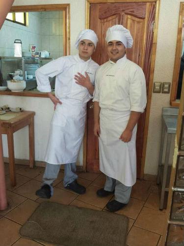 Estudiantes del Taller de Gastronomía y Turismo.