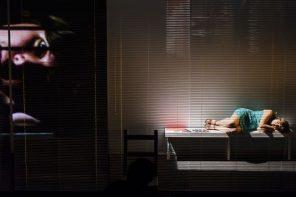 Teatro: Claudia Poblete fue un botín de guerra